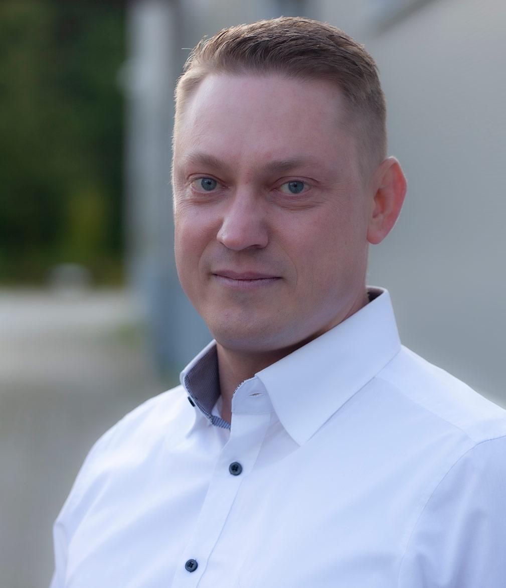 Dennis Wir